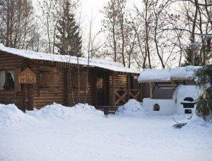 Семейная загородная усадьба на берегу Яхромского водохранилища в аренду.