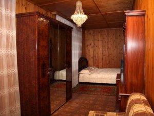 Сдам в аренду коттедж на сутки в живописном  местедля 15 человек.