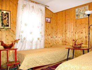 Сдаю в аренду коттедж на  сутки до 40 чел. рядом с усудьбой Архангельское.