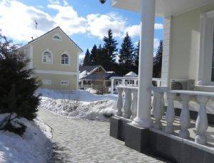 Сдается особняк на сутки и выходные по Калужскому или Киевскому шоссе 35 км от МКАД.