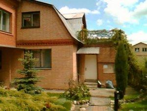 Снять кирпичный дом в Зарайске на сутки  для 16 чел.