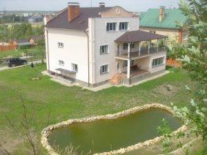 Сдаю коттедж на берегу Москва реки.