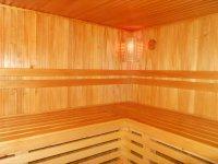 Сдаю дом на сутки с баней  и джакузи, бассейном