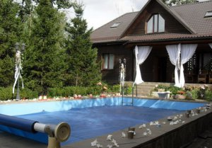 Аренда коттеджа с бассейном, бильярдом и теннисом для 20 человек